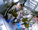 揭秘中国航天员魔鬼训练 蒙眼坐转椅和高速离心机